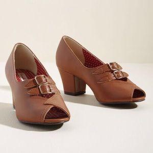 Bait footwear romona tan pumps 8.5